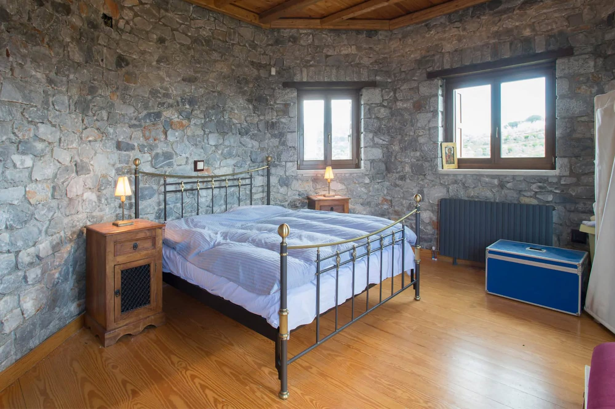 Recording in this beautiful castle close to Sparta - view to one Bedroom | Hit The Road Music Studio | Mobile Recording Studio